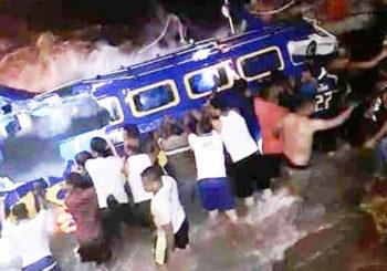 Speedboat  Magori Remuk Dihantam Ombak di Perairan Oba