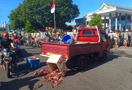 DLH Klarifikasi Berita Aksi Pedagang Ikan