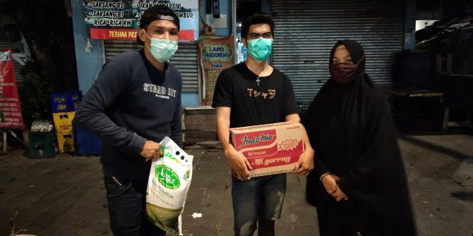 Rusmin Kie Raha Beri Bantuan Kepada Mahasiswa Halbar di Jakarta