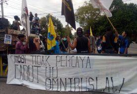 Aksi Mahasiswa Tolak Omnibus Law di Sofifi Berakhir Ricuh dengan Aparat